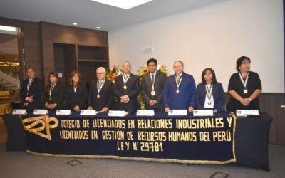 DR. DAVID VERA PARTICIPÓ EN CEREMONIA POR 22° ANIVERSARIO DEL COLEGIO DE LICENCIADOS EN RELACIONES INDUSTRIALES DEL PERÚ